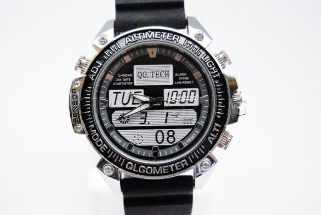 Часовник с детектор за движение - ST608